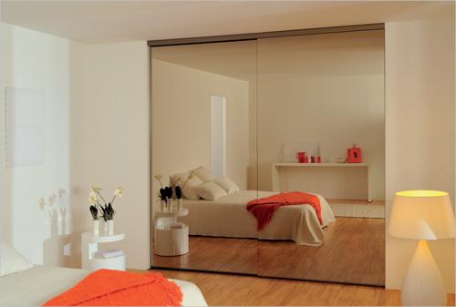 Огледални плъзгащи врати за гардероби и ниши