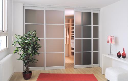 Портални плъзгащи врати за гардеробна стая